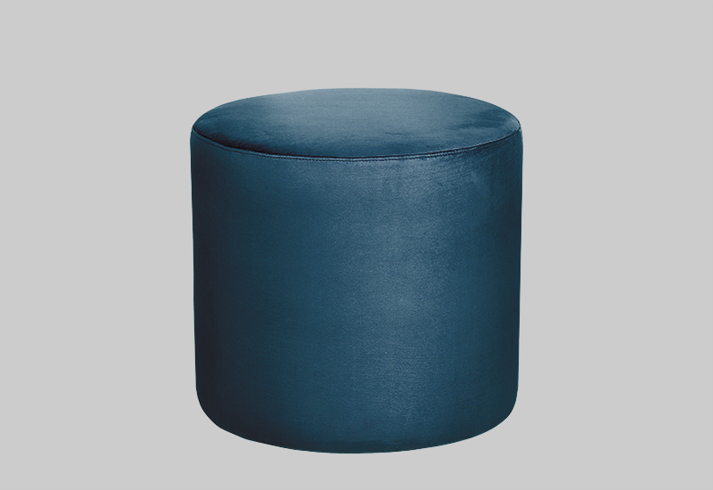 PETIT velvet pouf in the group Shop Furniture / Furniture with express delivery at Layered (FVPETDP)
