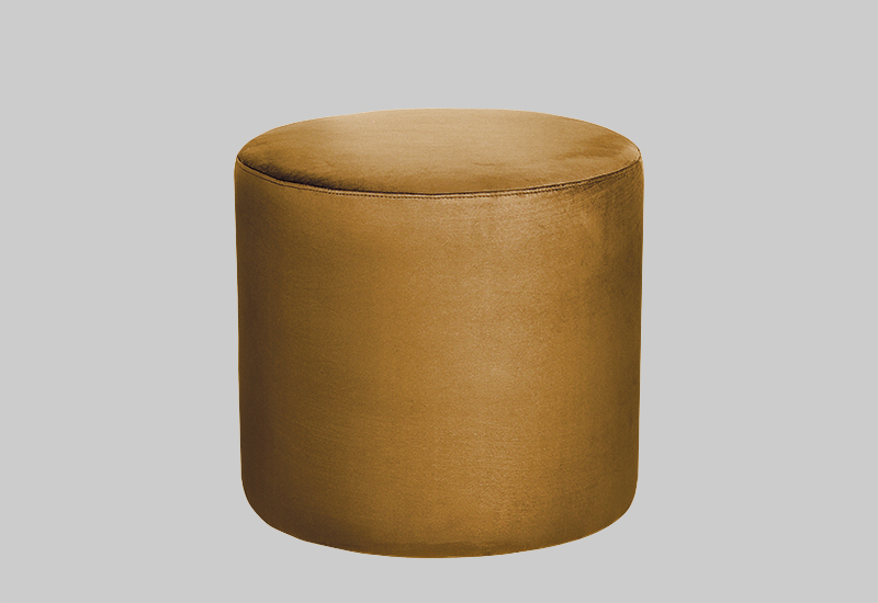 PETIT velvet pouf in the group Shop Furniture / Poufs at Layered (FVPETDS)