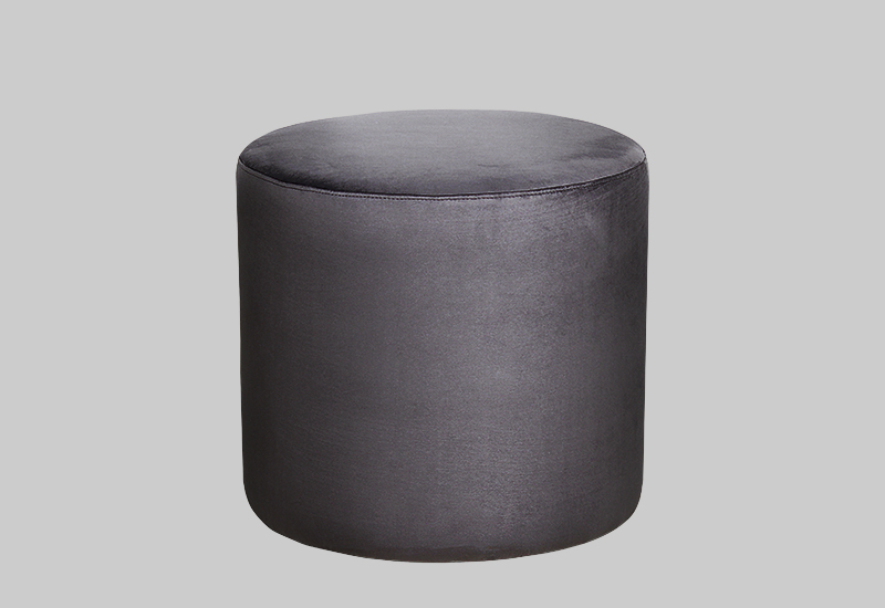 PETIT velvet pouf in the group Shop Furniture / Poufs at Layered (FVPETSG)