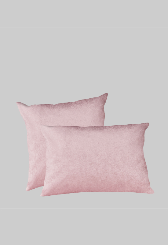 LUCA Velvet Pillow in the group Shop Furniture / Furniture with express delivery at Layered (FVPILPP)