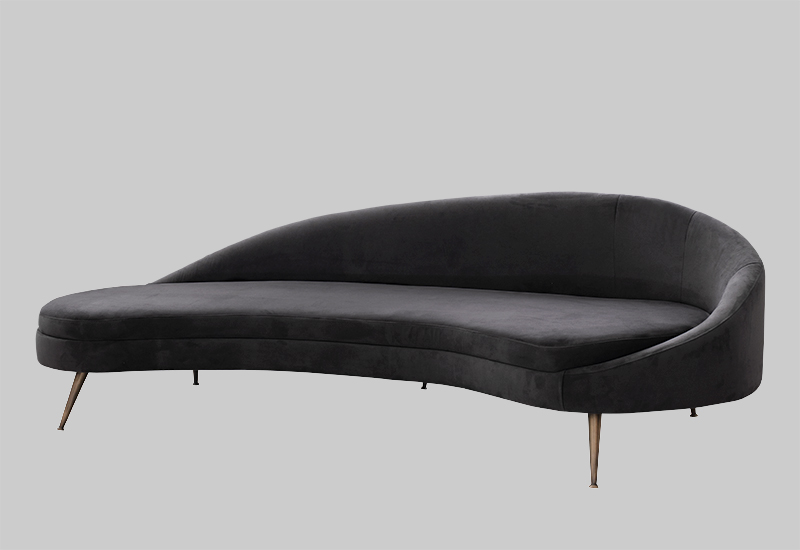 PORTO velvet sofa in the group Shop Furniture / Sofas / Velvet sofas at Layered (FVPORSG)