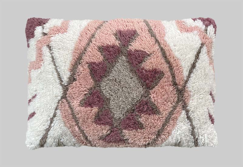 Modern Oriental Pillow in the group Collections / Modern Oriental at Layered (PILCAR)